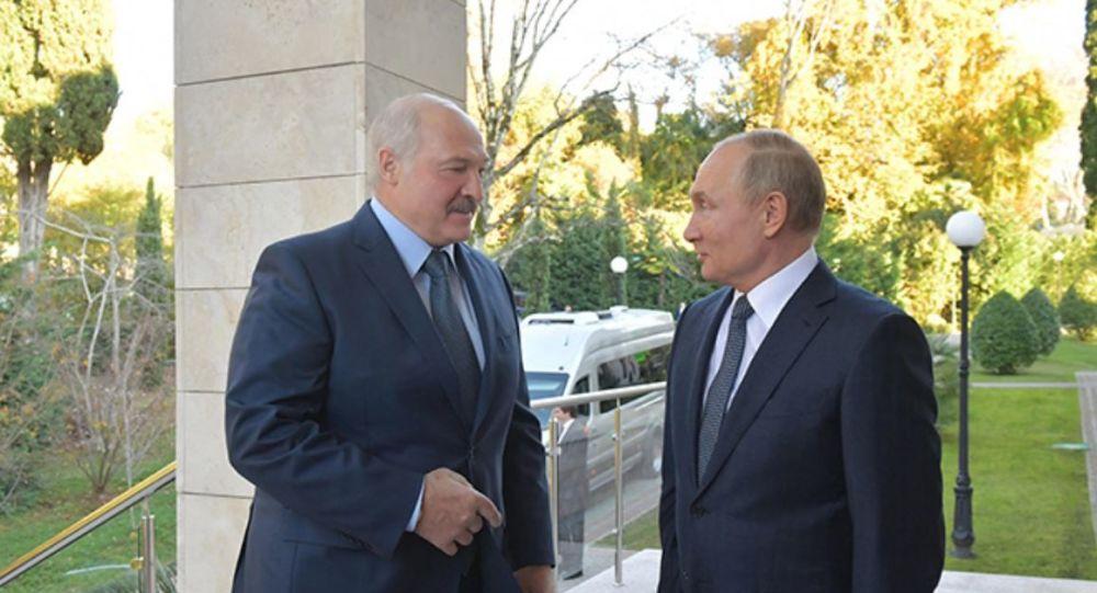 Президенты Александр Лукашенко и Владимир Путин