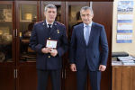 Анатолий Бибилов присвоил специальные звания сотрудникам Министерства внутренних дел