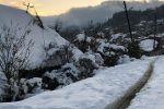 Дороги в села Южной Осетии завалило снегом