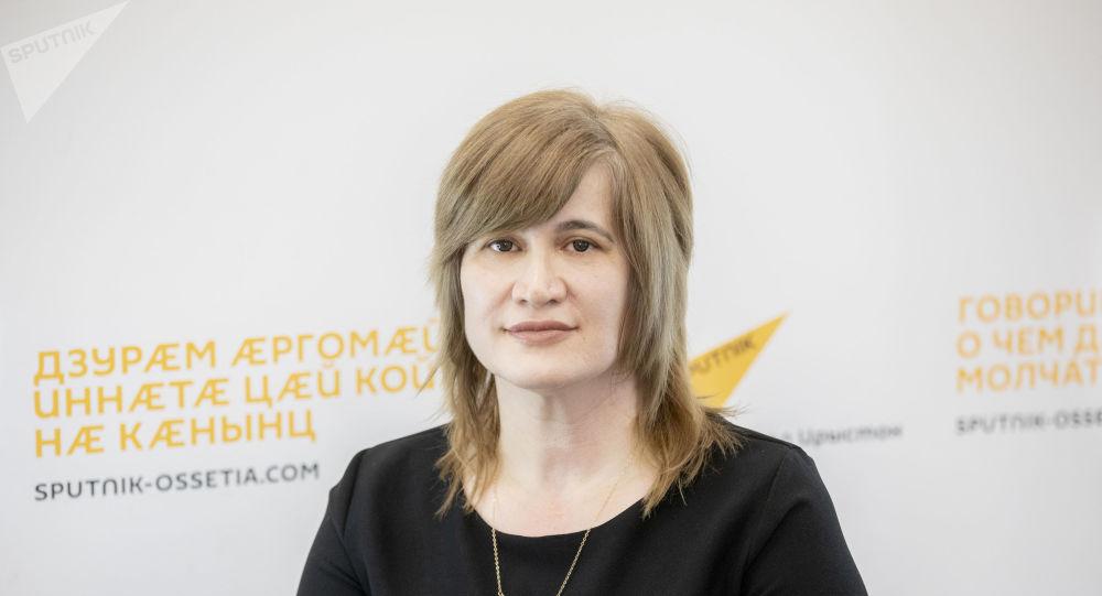 Индира Биченова