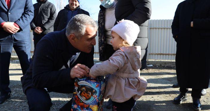 Президент Анатолий Бибилов встретился с населением Ленингорского района