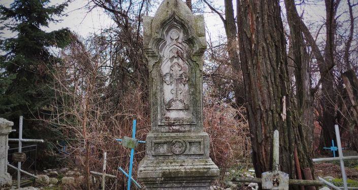 Мещанское кладбище при церкви