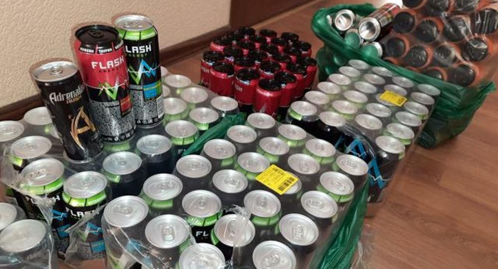 Сотрудники УБЭП изъяли около 150 бутылок энергетических и тонизирующих напитков
