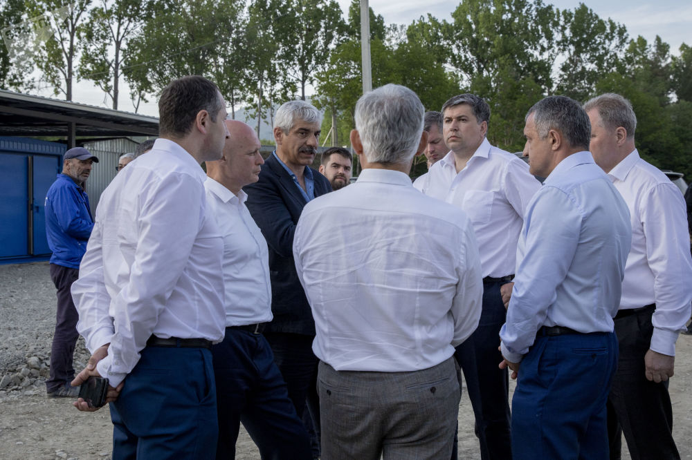 Осмотр объектов Инвестиционных программ содействия социально-экономическому развитию Республики Южная Осетия