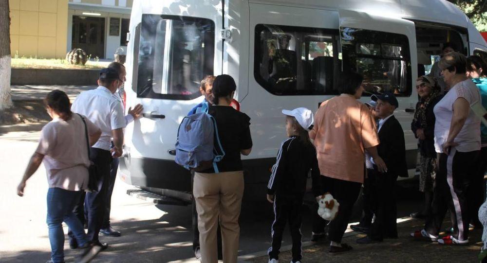 Группа детей из Южной Осетии отправилась на отдых в Нальчик