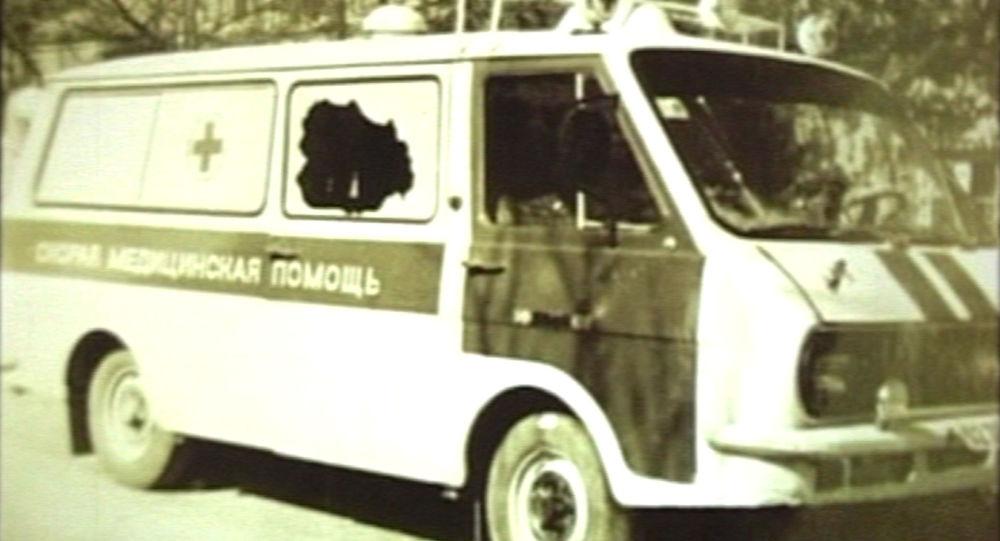 Расстрелянная машина скорой помощи в Цхинвале. Архивное фото
