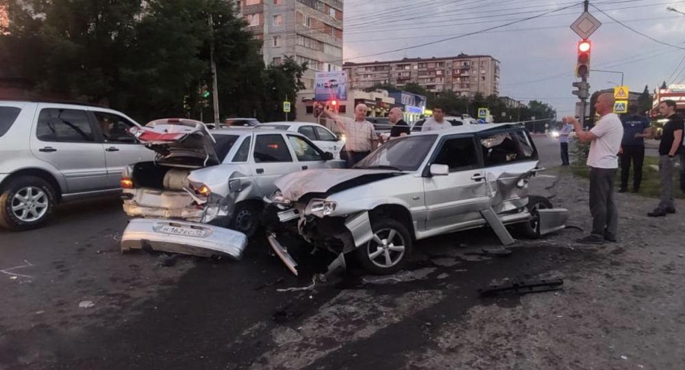 Во Владикавказе произошло массовое ДТП