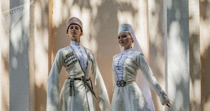 Концерт ансамбля песни и пляски имени Александрова в Ленингоре