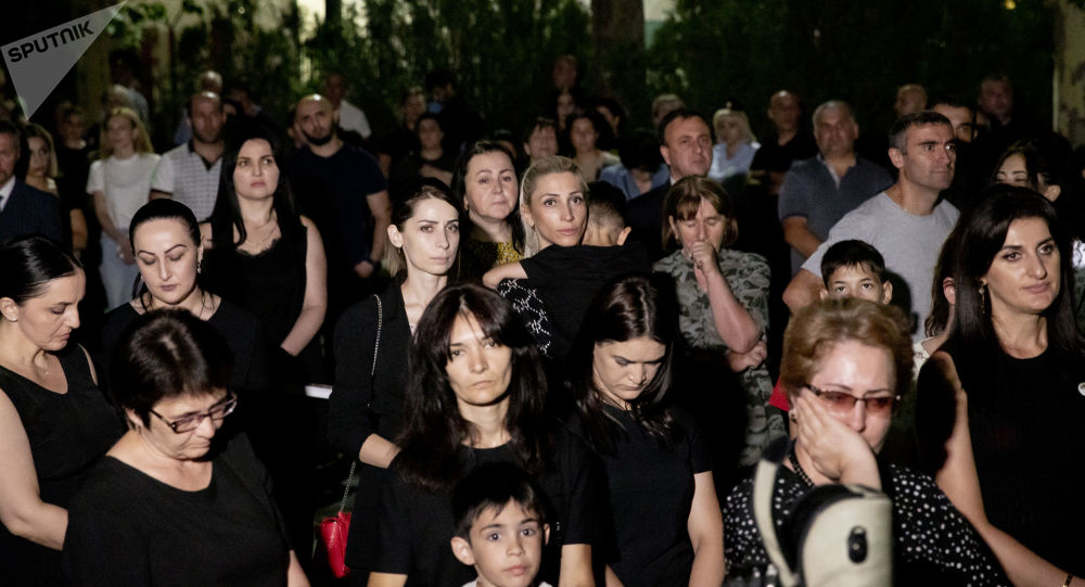 Траурная акция на Гергиевской лестнице в Цхинвале