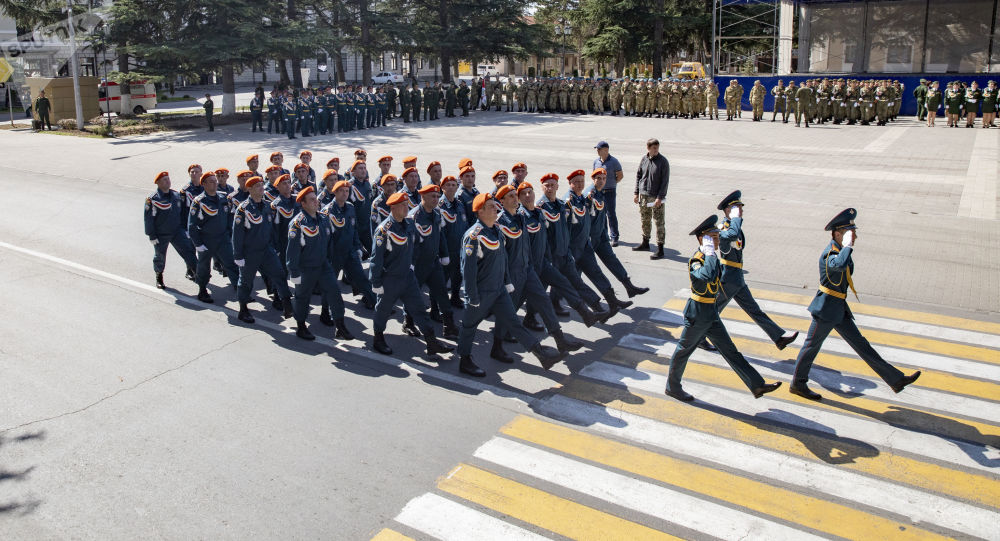 Генеральная репетиция Парада ко Дню республики