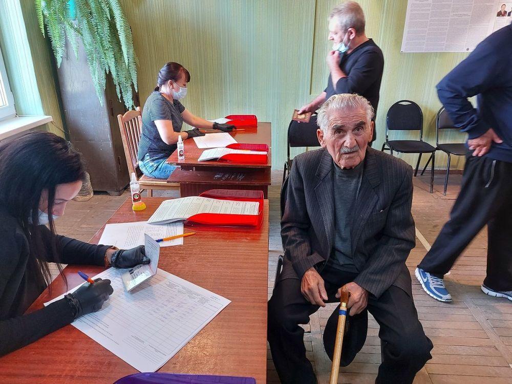 Ветеран Великой Отечественной войны Дмитрий Шалвович Джиоев