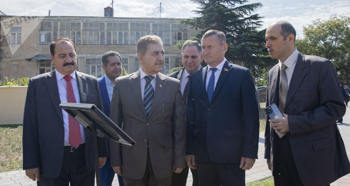 Делегация Сирии высадила в Цхинвале березы в знак сирийско-югоосетинской дружбы