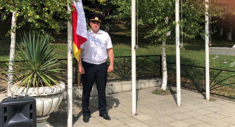 В Дзауском районе Южной Осетии отметили день государственного флага