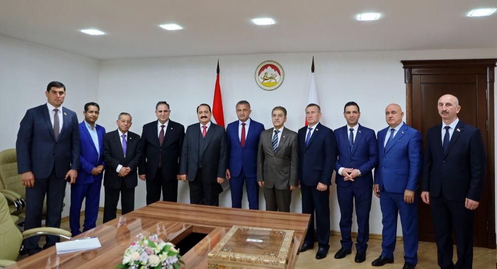 Встреча президента Южной Осетии Анатолия Бибилова с делегацией из Сирии