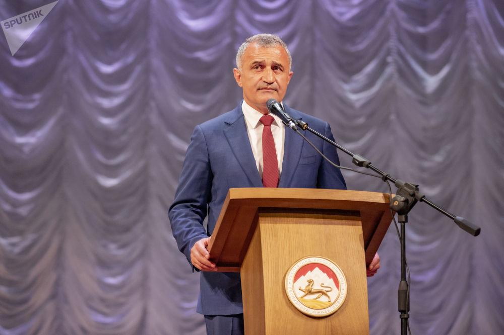 Торжественное собрание в честь Дня Руспублики в Южной Осетии