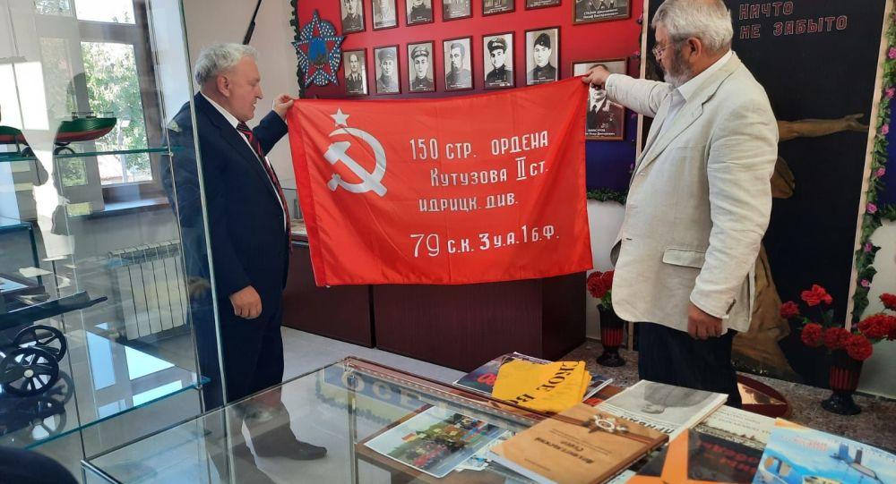 Общественник из Архангельска передал Нацмузею новые экспонаты
