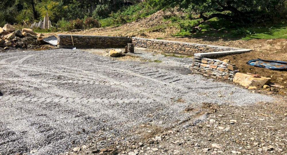 В Дзауском районе Южной Осетии обустроили источник территорию источника с лечебной водой
