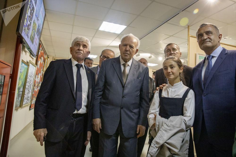 Персональная выставка Магреза Келехсаева