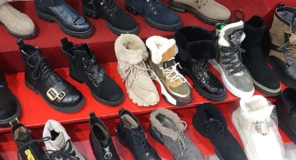 В одном из обувных магазинов Владикавказа арестовали крупную партию немаркированной обуви