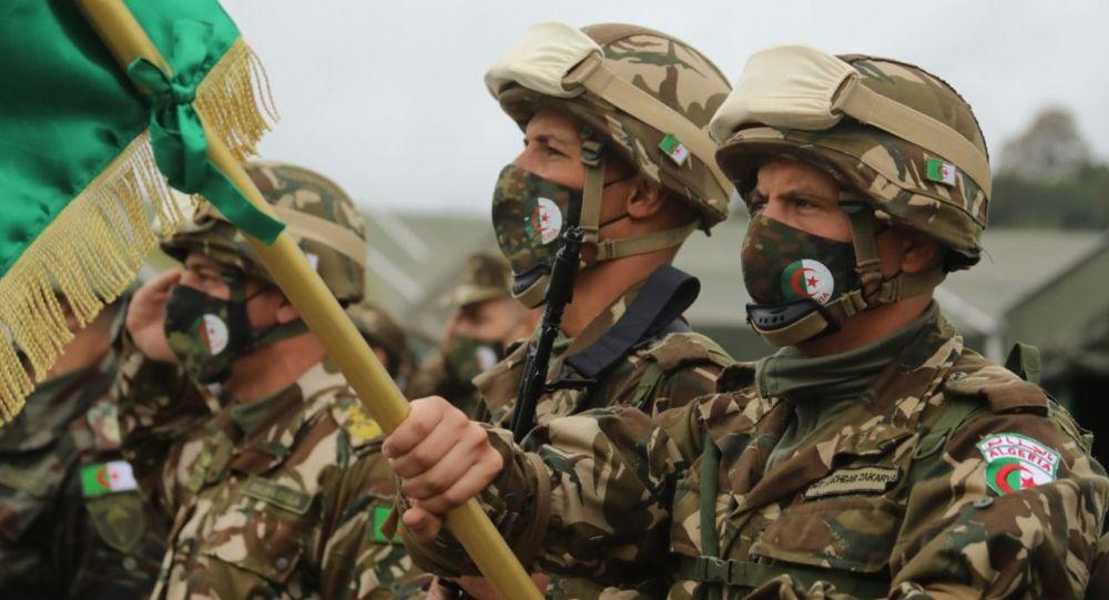 Алжирские военнослужащие на учениях в Северной Осетии