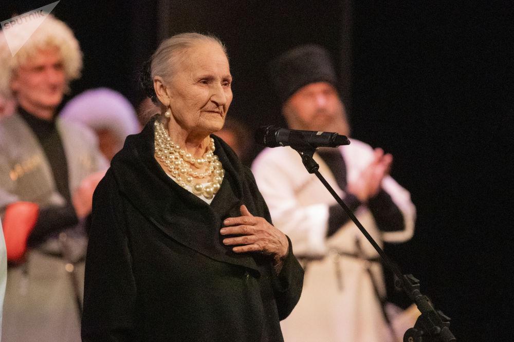 Людмила Галаванова