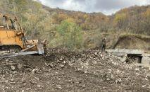 В селе Заккор Ленингорского района завершается строительство нового моста