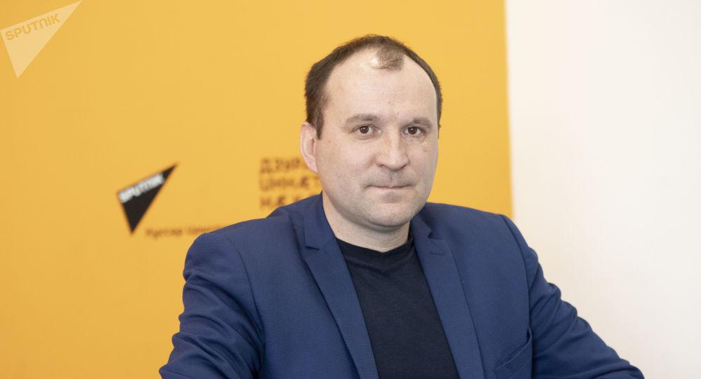Александр Крысов