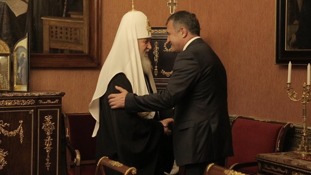 Президент Южной Осетии Анатолий Бибилов встретился во вторник  с патриархом Московским и всея Руси Кириллом.