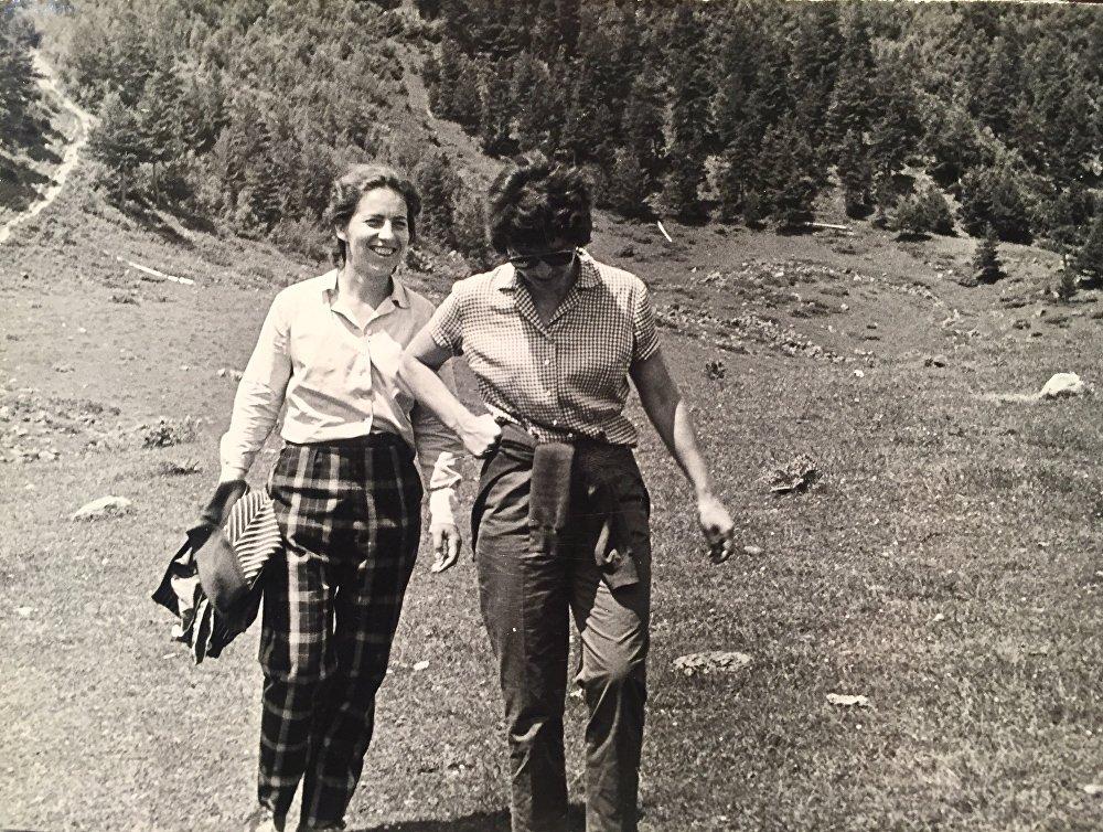Квета Ехова и Тамара Шавлохова