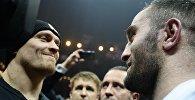 Чемпион мира по версиям WBO и WBC Александр Усик и российский боксер Мурат Гассиев