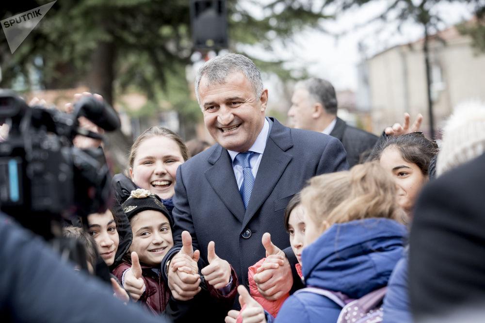 Открытие главной новогодней елки в Южной Осетии