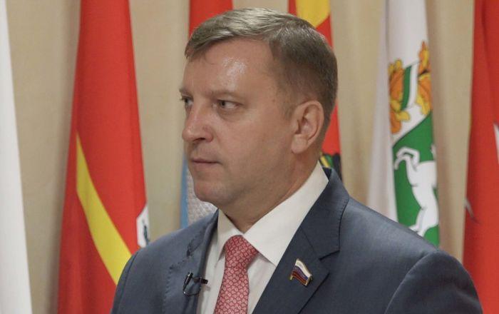 Sputnik обсудил перспективы экономического сотрудничества между Россией и Афганистаном с членом Совета Федерации Федерального Собрания РФ Алексеем Кондратьевым