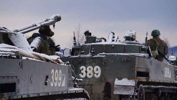Батальонная тактическая группа ЮВО в Южной Осетии отрабатывает новые тактические приемы в горах - Sputnik Южная Осетия