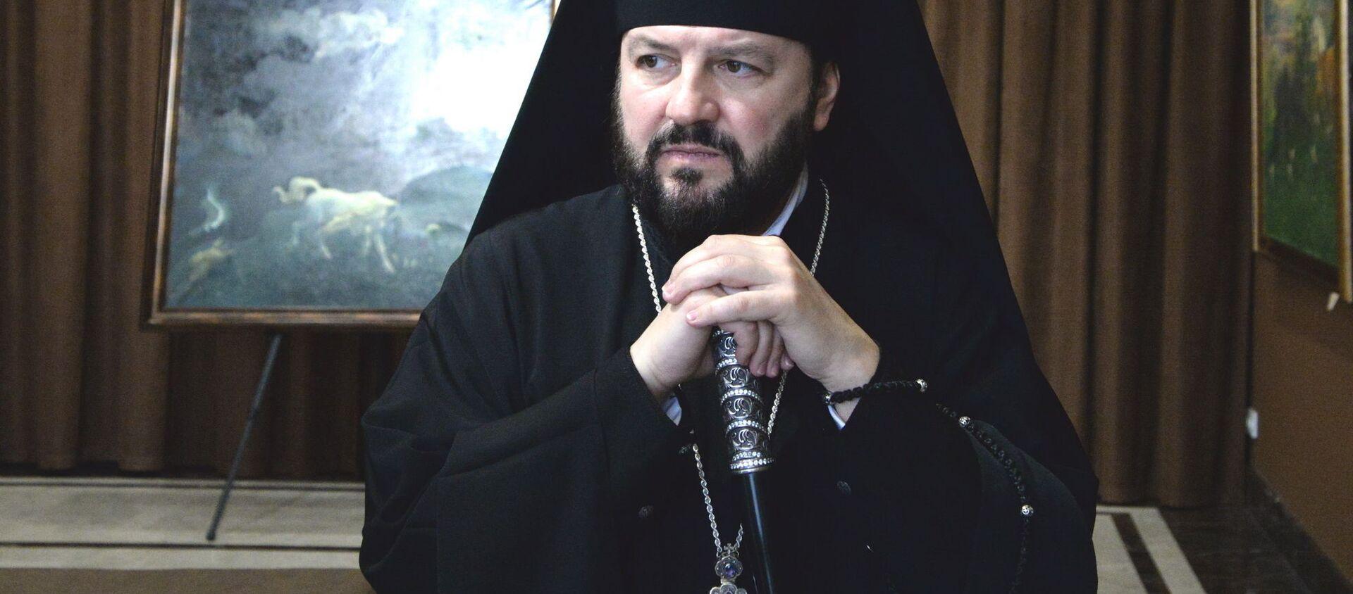 Архиепископ Владикавказский и Аланский Леонид посетил художественный музей имени Махарбека Туганова - Sputnik Южная Осетия, 1920, 27.09.2021