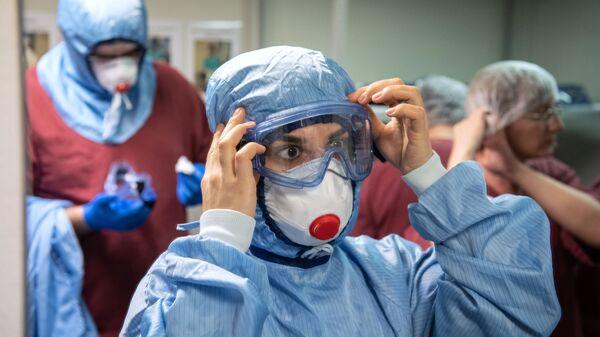 Лечение пациентов c COVID-19 в НИИ скорой помощи им. Н. В. Склифосовского - Sputnik Южная Осетия