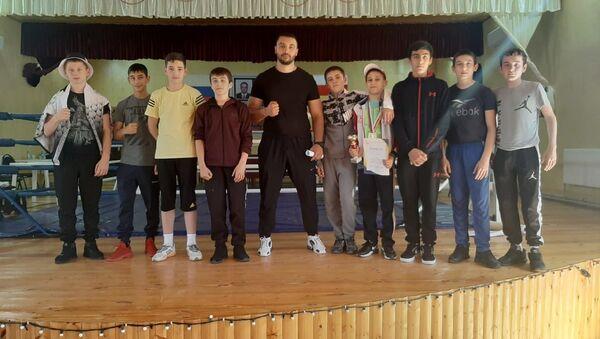 Боксеры на соревнованиях памяти Геннадия Санакоева - Sputnik Южная Осетия