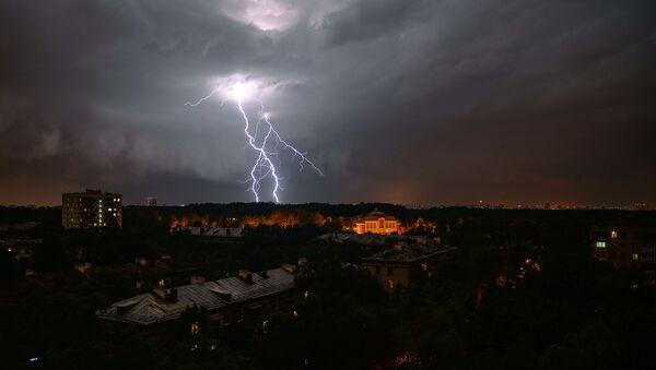Ливень и штормовой ветер в Москве - Sputnik Южная Осетия