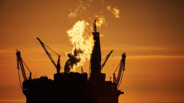 Нефтяная платформа Приразломная - Sputnik Южная Осетия