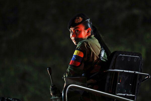 Военный парад в честь Дня независимости Венесуэлы в Каракасе  - Sputnik Южная Осетия