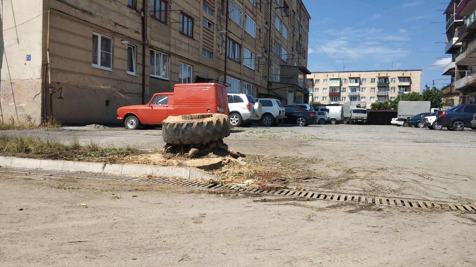 В Цхинвале устраняют последствия шквалистого ветра - Sputnik Южная Осетия, 1920, 14.07.2021