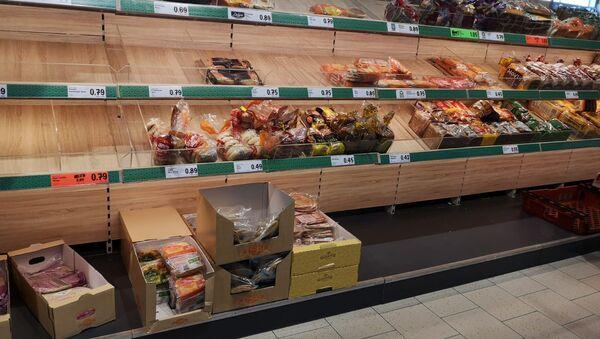 Пустой прилавок в супермаркете в Лурган, Ирландия - Sputnik Южная Осетия