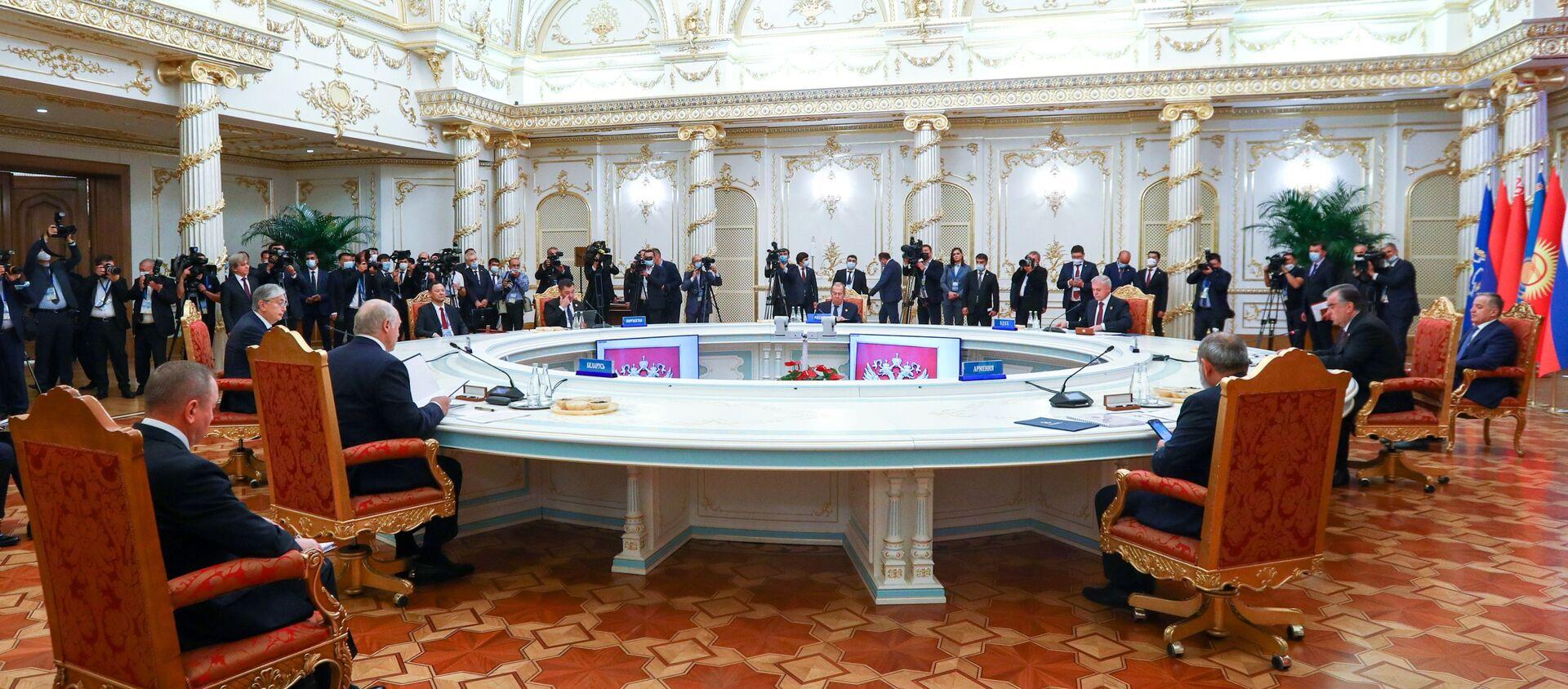 Заседание Совета коллективной безопасности ОДКБ - Sputnik Южная Осетия, 1920, 17.09.2021