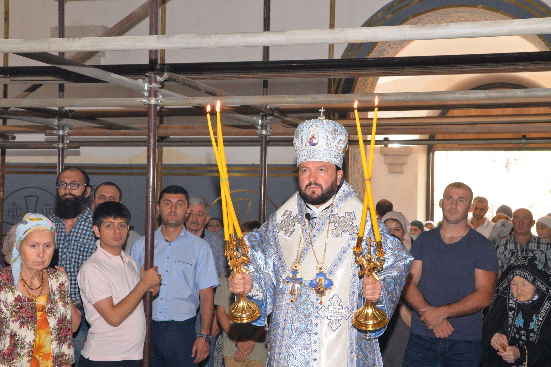 Архиепископ Владикавказский и Аланский Леонид  - Sputnik Южная Осетия, 1920, 26.10.2021