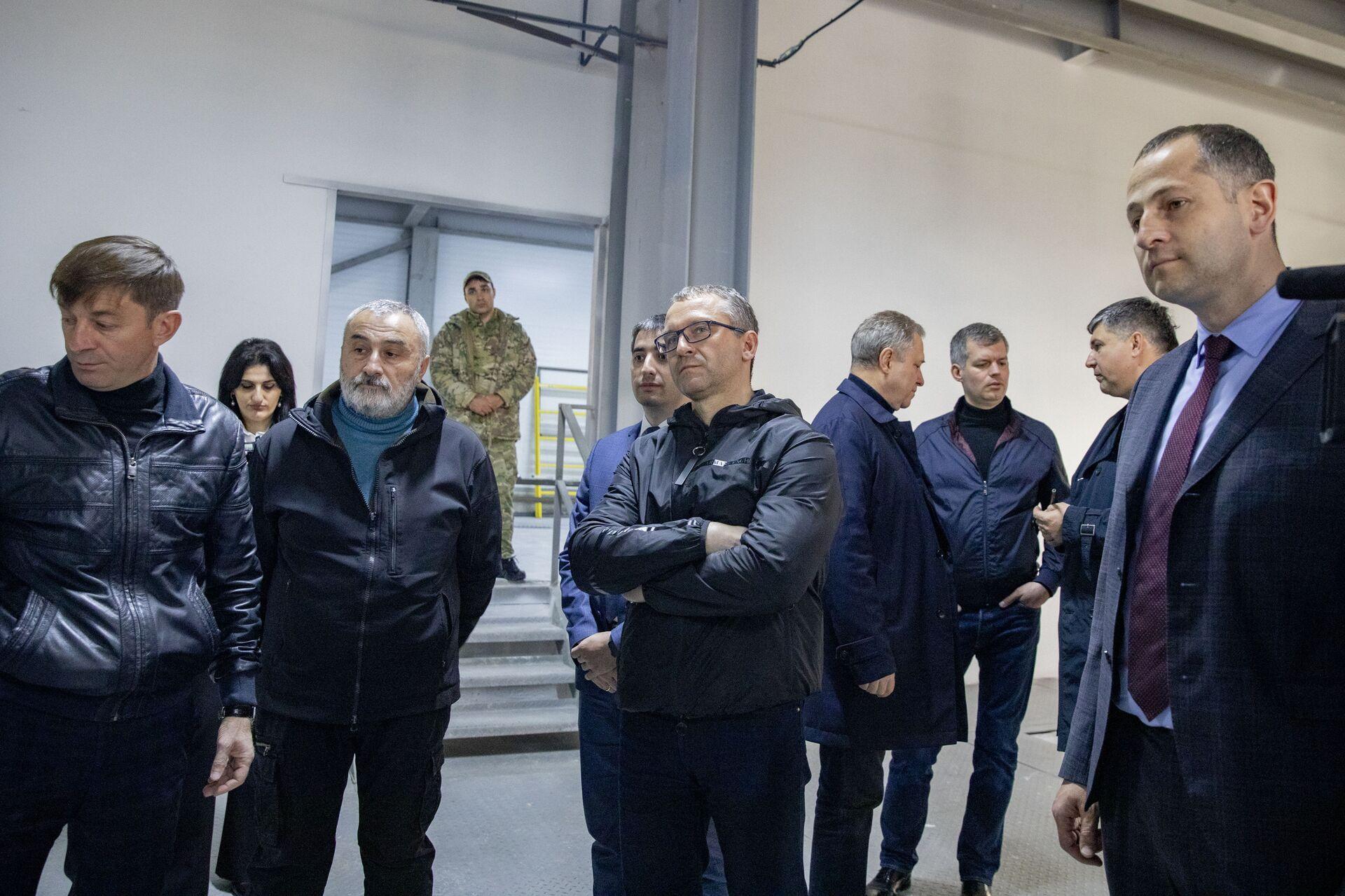 Замминистра экономики РФ Дмитрий Вольвач посетил объекты инвестпрограммы - Sputnik Южная Осетия, 1920, 26.10.2021