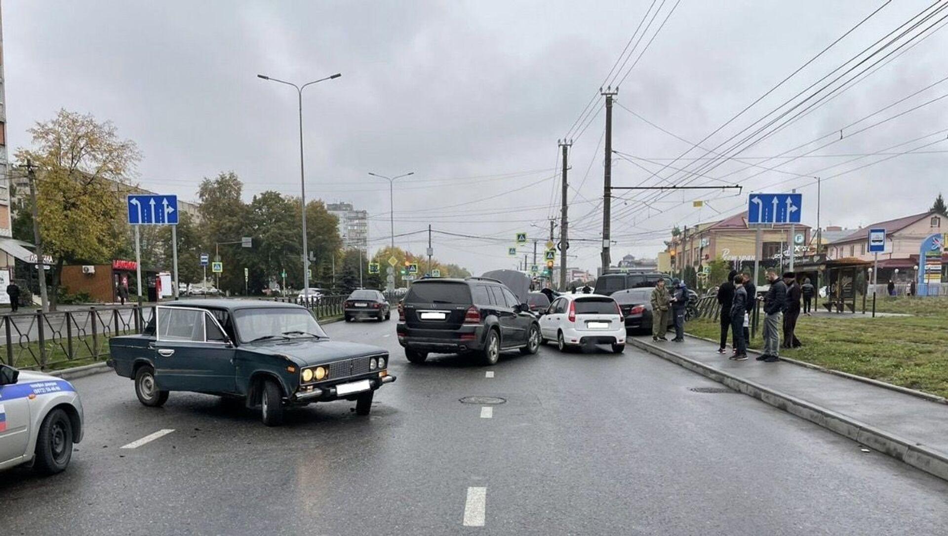 ДТП во Владикавказе  - Sputnik Южная Осетия, 1920, 03.10.2021