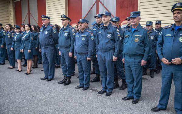 Торжественное построение личного состава МЧС РЮО - Sputnik Южная Осетия