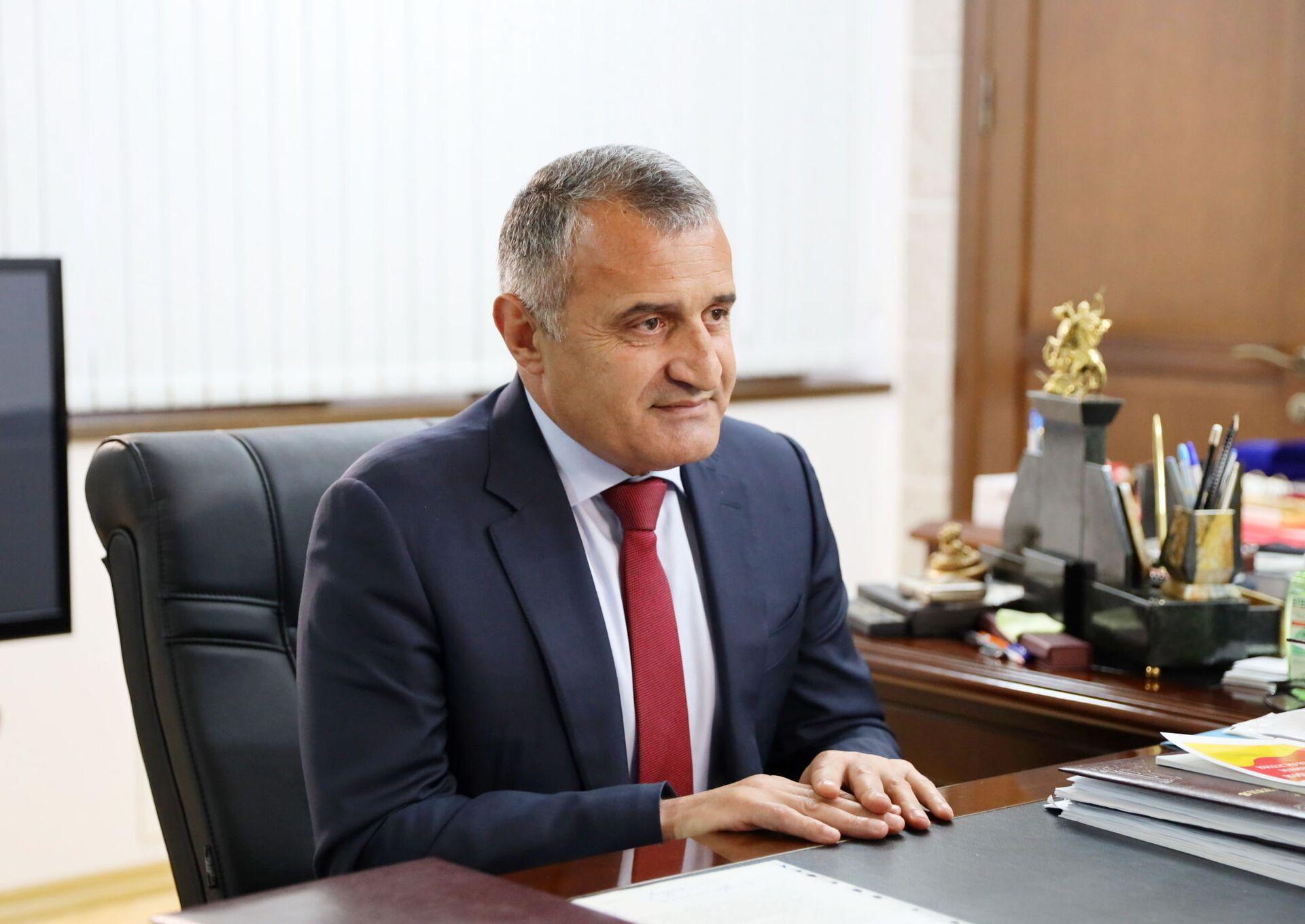 Президент РЮО Анатолий Бибилов  - Sputnik Южная Осетия, 1920, 26.10.2021