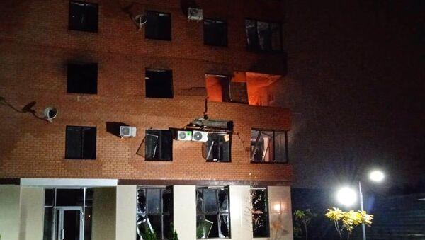 Специалисты выясняют причину пожара, произошедшего во владикавказской многоэтажке - Sputnik Южная Осетия