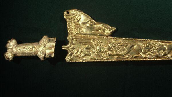Золотые ножны скифского меча-акинака - Sputnik Южная Осетия