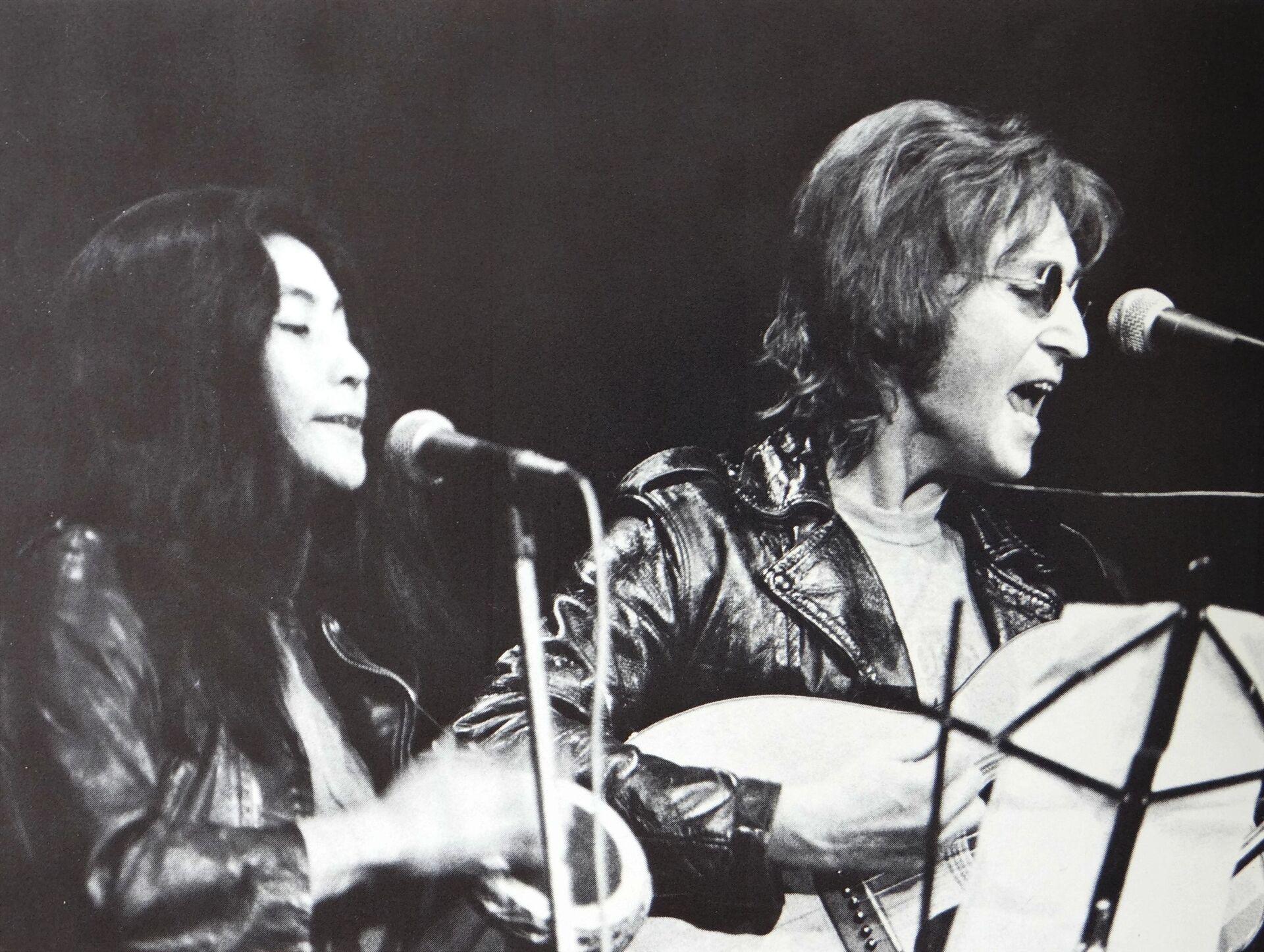 Йоко Оно и Джон Леннон - Sputnik Южная Осетия, 1920, 26.10.2021